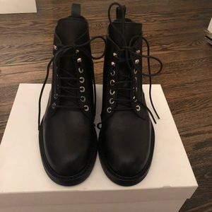 BNWT THEORY BOREANA LEATHER LACE UP ANKLE BOOT 36